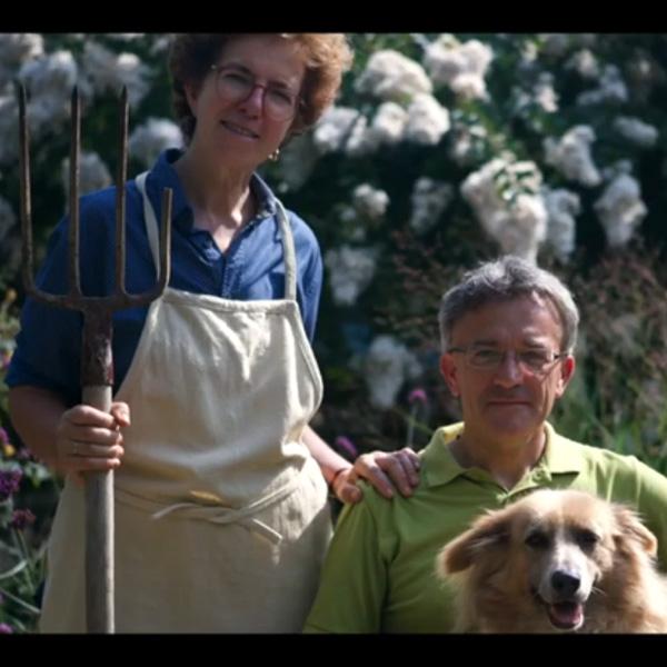 Parodia del dipinto a olio di Grant Wood con Anna e Claudio.